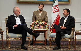 Swedish ambassador inadvertently offends Iranian president by crossing his legs during meeting